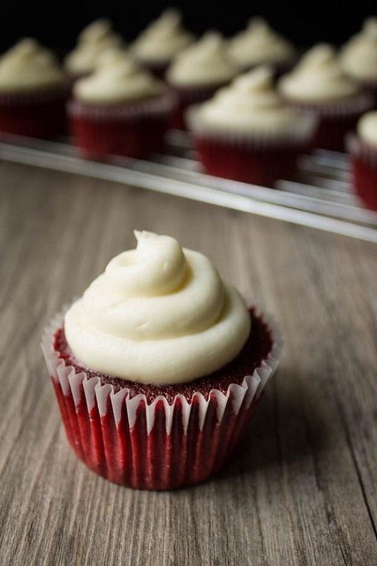 cach-lam-mon-banh-cupcake-do-cho-bua-an-them-sac-mau-1